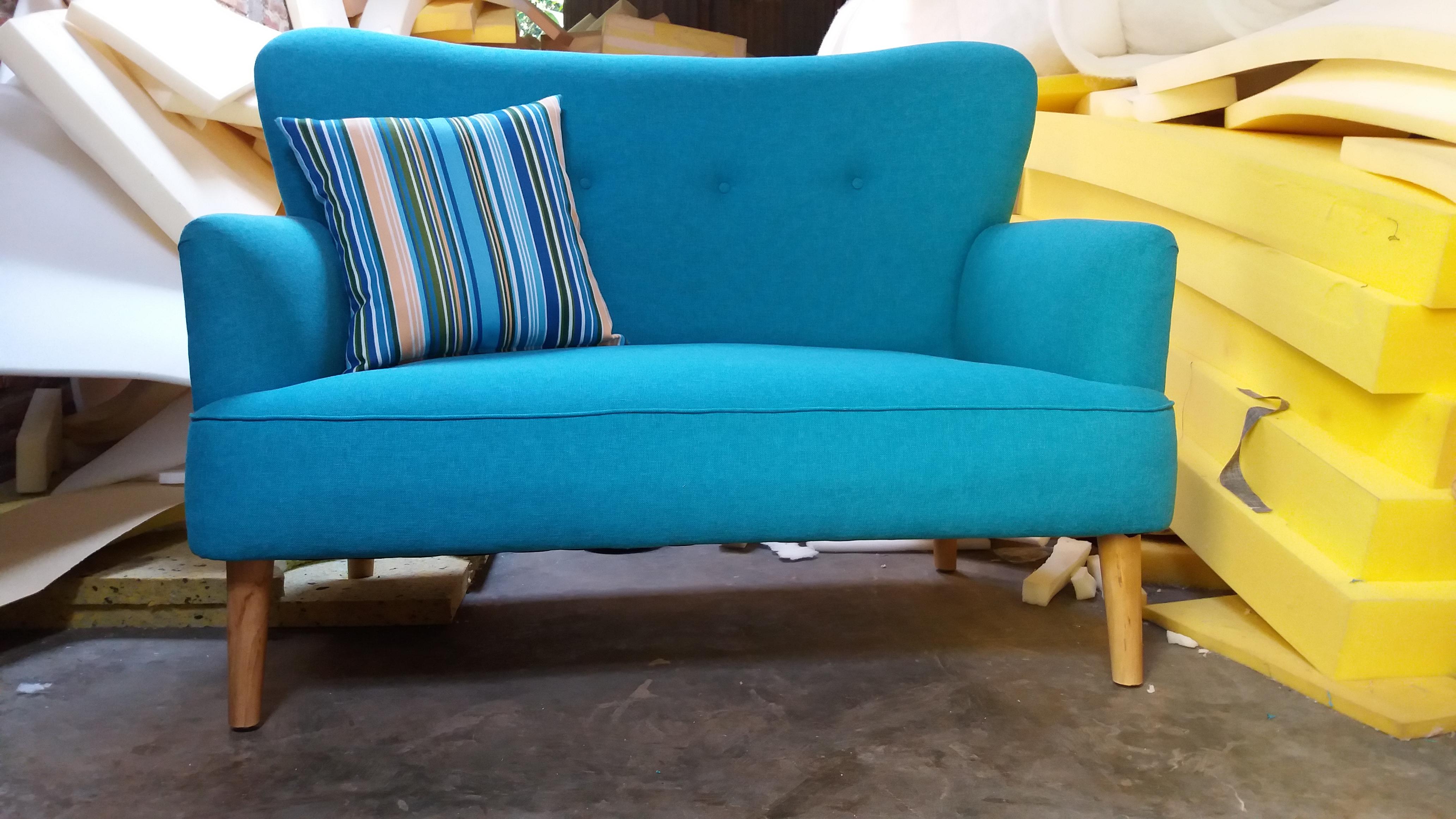 sofa scandinavian maerry 2 seat kursi tamu kursi sofa empat putra furniture. Black Bedroom Furniture Sets. Home Design Ideas